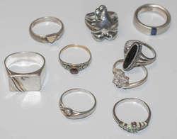 550.70: Jewelry, Lots