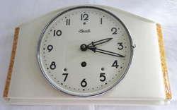 800: Uhren