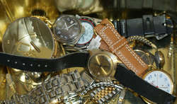 800.30: Clocks, wrist watches