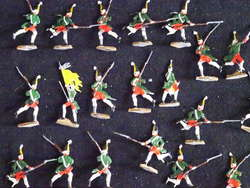 700.50: Tin soldiers