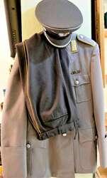 40.10.95.15: Bücher - Autografen, Bücher, Militär Uniformierung